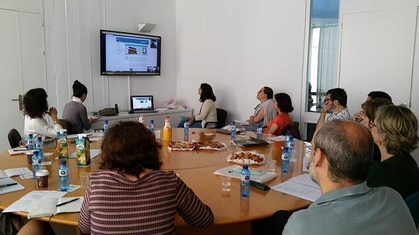 Grup dels museus d'Articket a la videoconferència amb la Fundación Juan March, celebrada a la Fundació Miró.