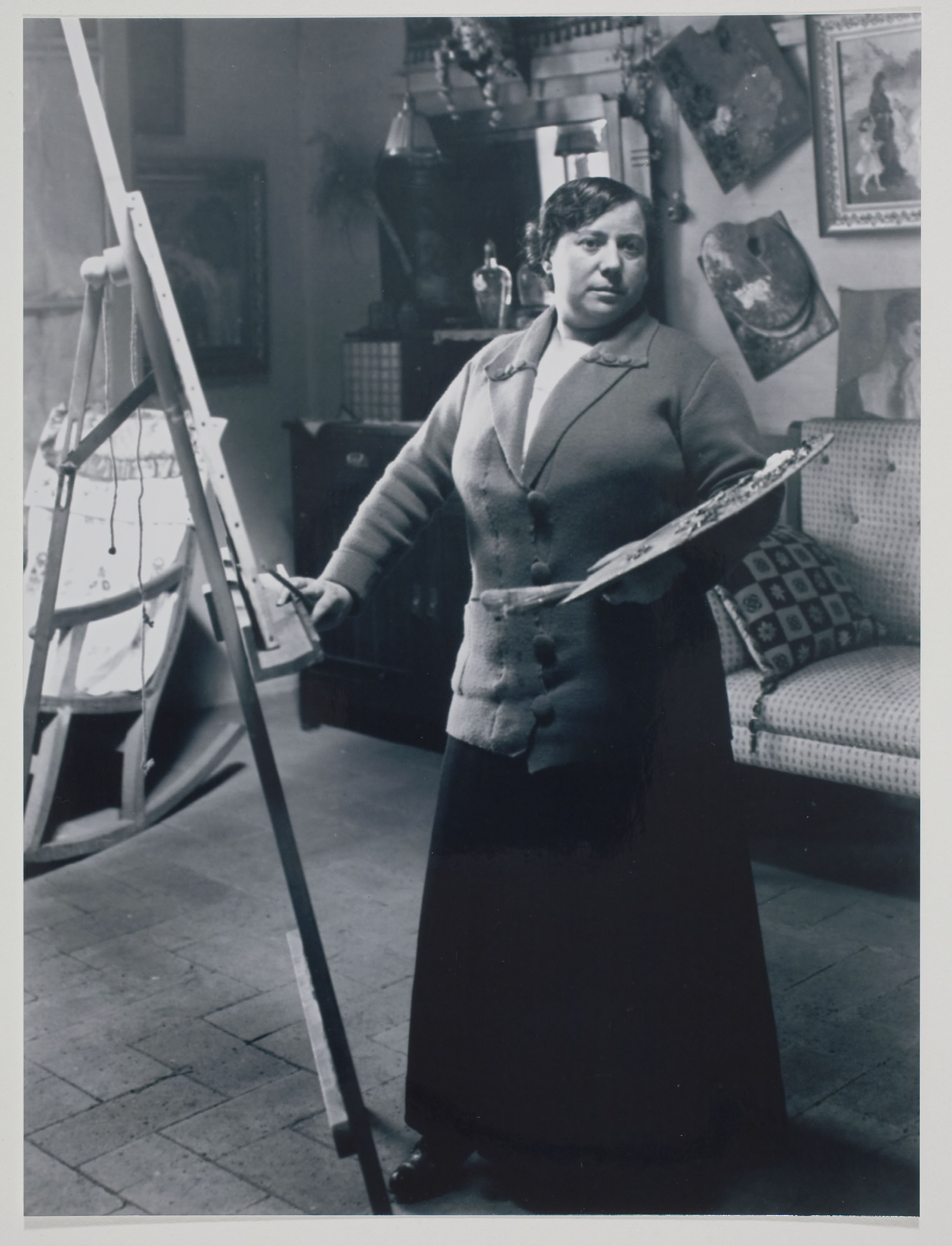 Portrait of Lluïsa Vidal in her studio
