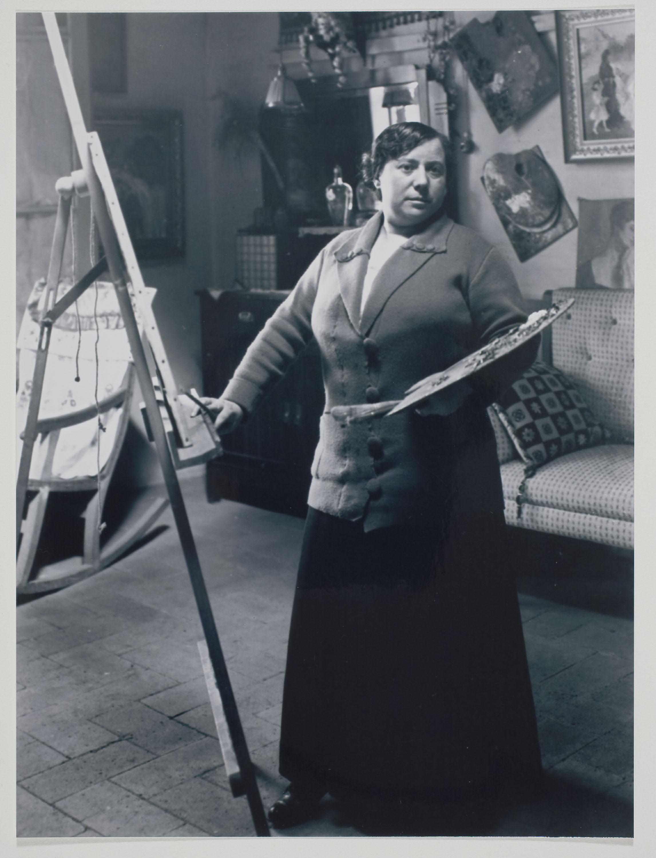Retrat de Lluïsa Vidal al seu taller