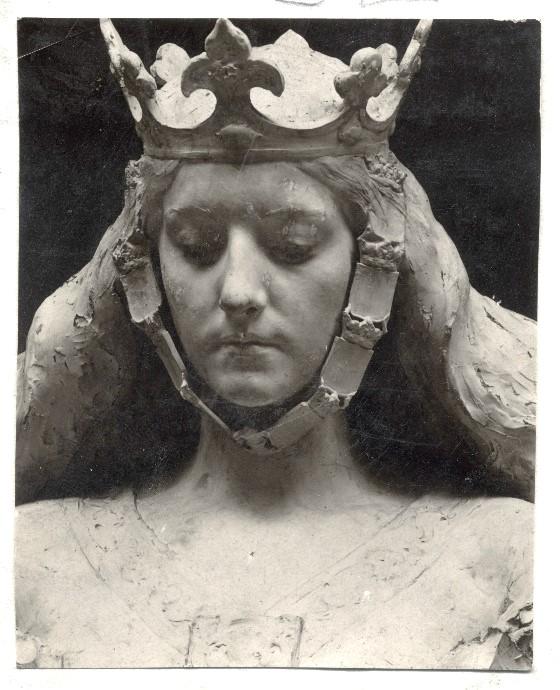 Detail of the 1897 plaster model.