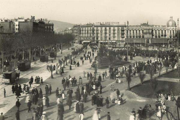Plaça de Catalunya (1905) Fons de postals Llegat Matas-Ramis de la Biblioteca Joaquim Folch i Torres