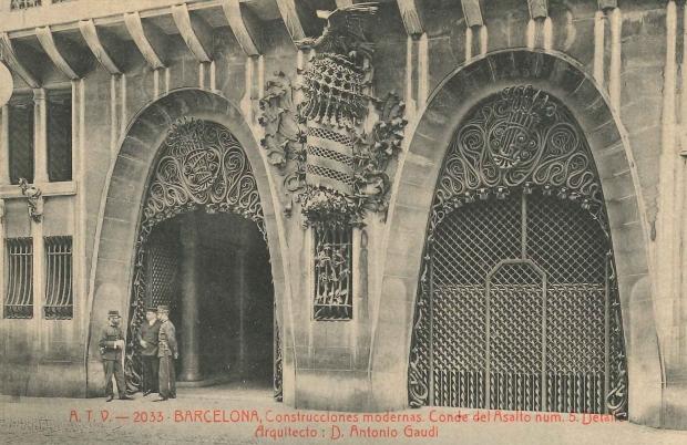 Façana principal del Palau Güell.