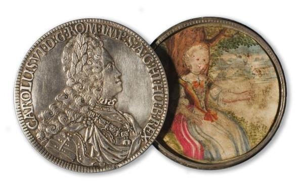 Caja-moneda hecha a partir de dos Táleros de Carlos VI, emperador del Sacro Imperio Romano y Germánico, 1721. Museu Nacional