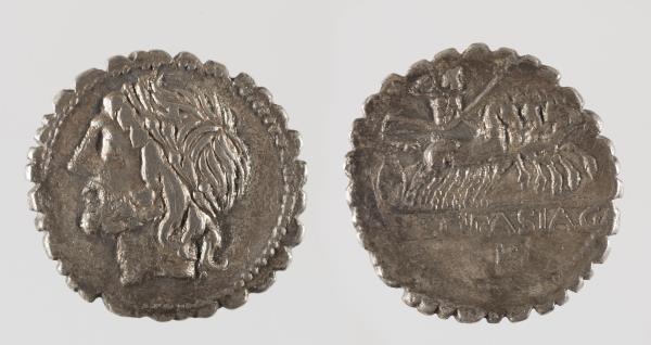 """Denarius """"serratus"""" of Rome, 106 BC. Museu Nacional"""