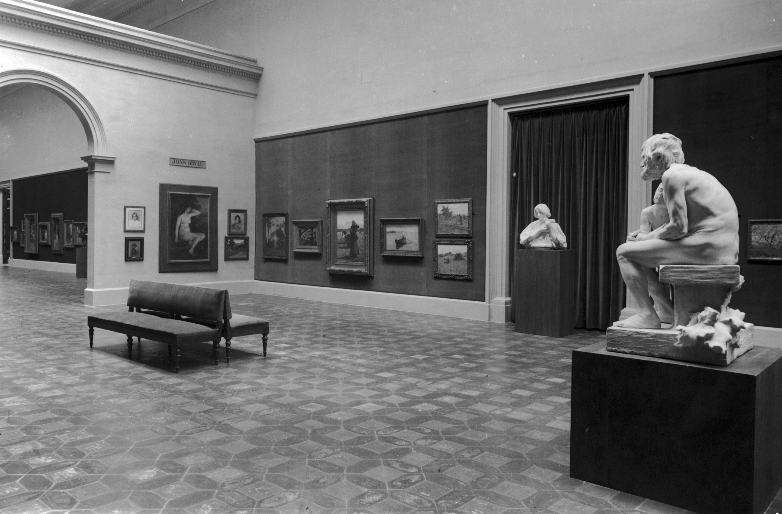 El nou muntatge del Museu d'Art de Catalunya, cap a 1934