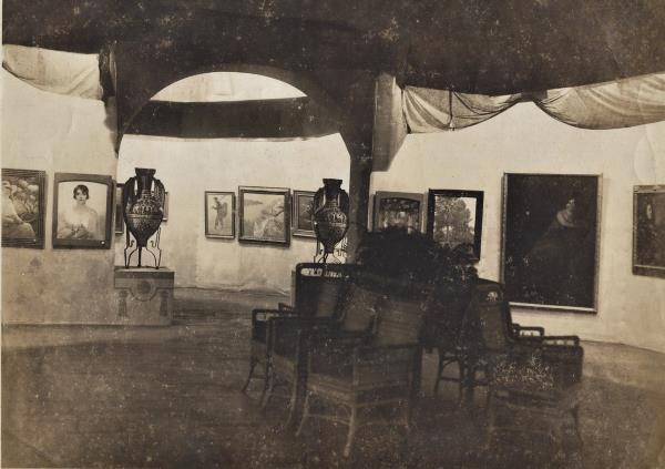 Exhibition by F. Pausas in the convent of Santa Catalina, Havana. Source: Ballesteros-Conangla Family Archive.