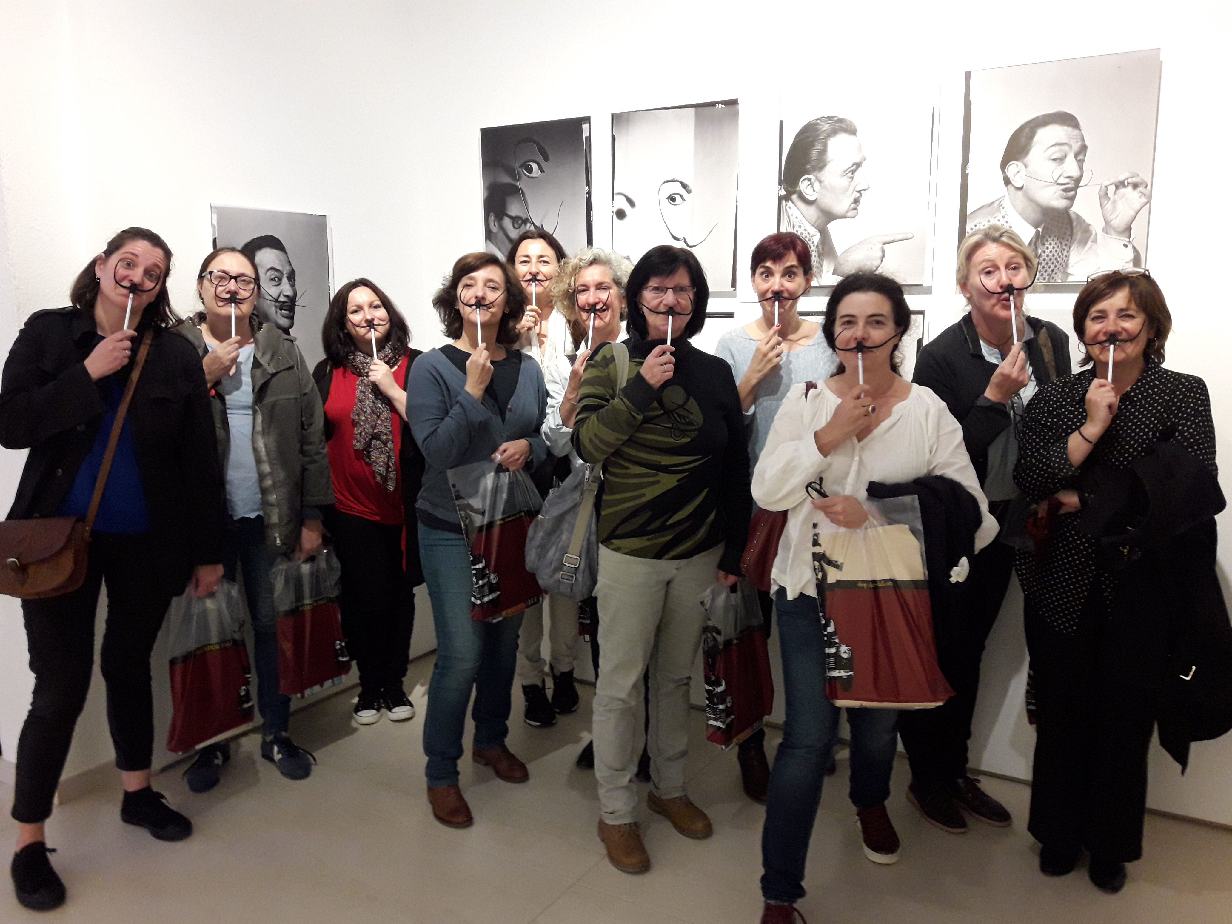 El equipo de la Fundación Gala-Salvador Dalí con el equipo de Comunicación y Proyectos digitales del museo