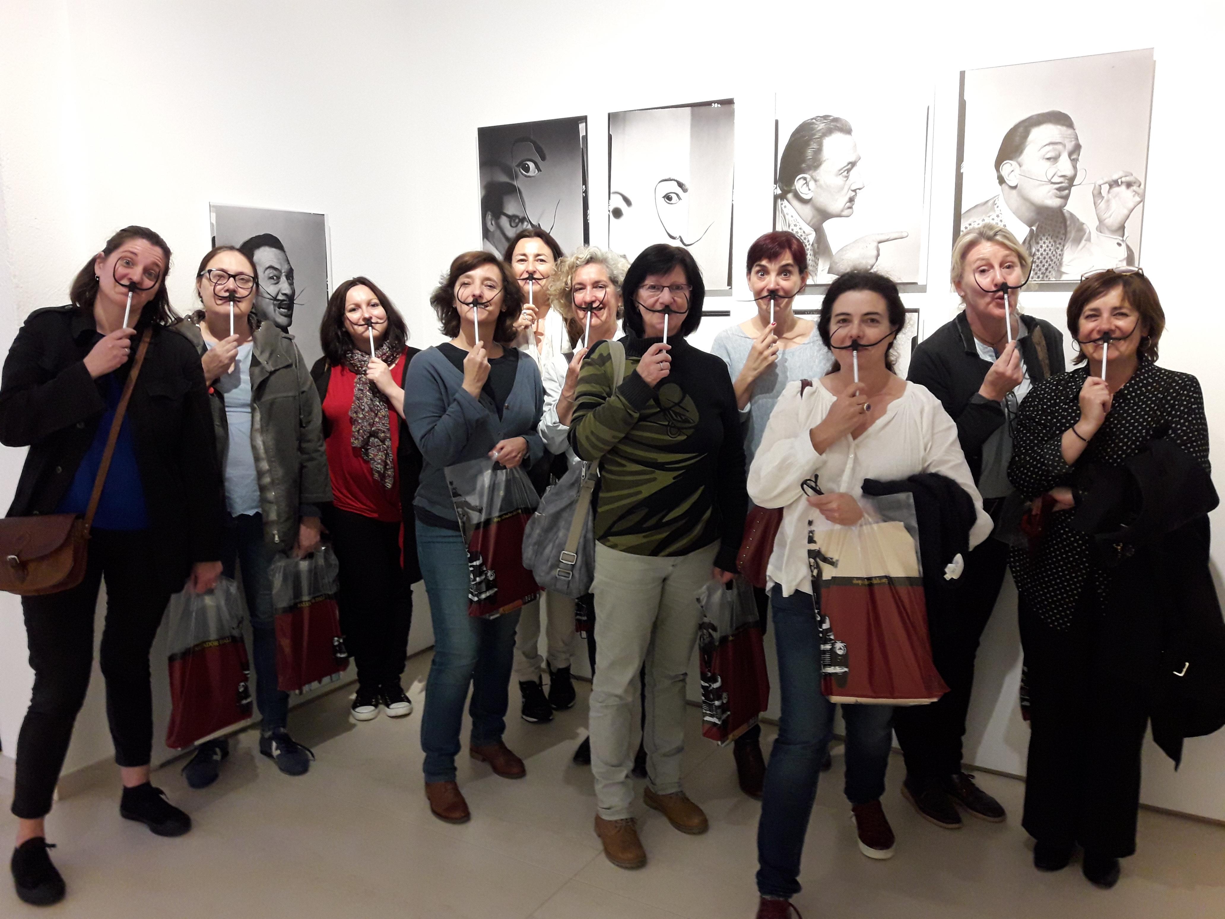 The team of the Gala-Salvador Dalí Foundation with the Museu Nacional team
