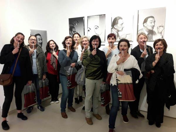 L'equip de la Fundació Gala-Salvador Dalí amb l'equip de Comunicació i Projectes digitals del museu
