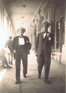 Miquel Agell Nadal (right) in Buenos Aires, 1920. Agell family archive.