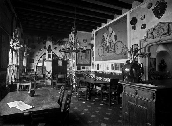 Interior d'Els 4 gats (abans del 1901)