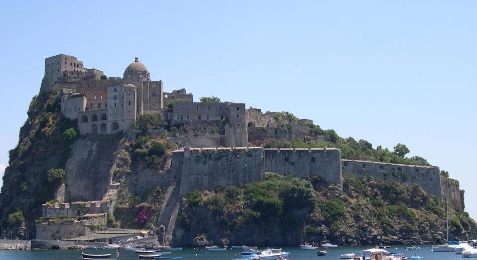 Vista del Castello Aragonese d'Ischia