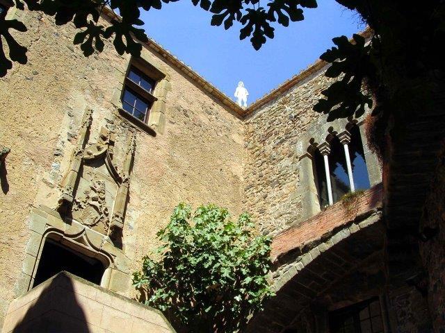 Pati interior del Castell de Púbol