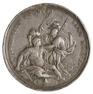 Philipp Heinrich Müller, Alegoría del triunfo en Brabante de Ana de Inglaterra sobre Luis el Grande, representados respectivamente como Minerva y Marte y la inscripción que Luis es grande pero Ana lo es más, 1706, plata