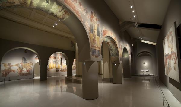 Romanesque Art Halls's remodeling