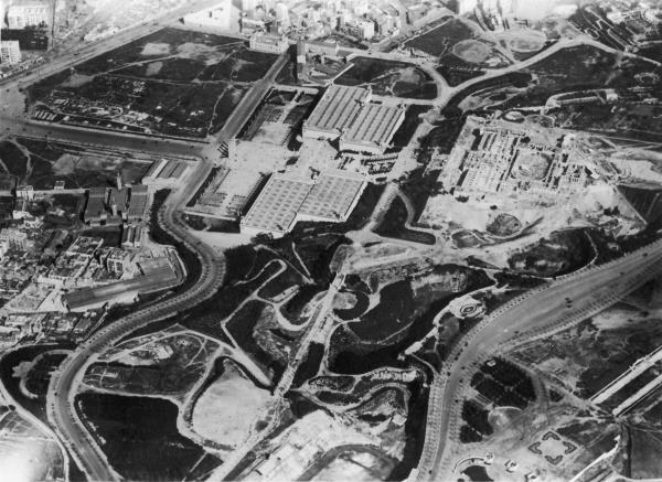 Terreny on es va construir el Palau Nacional. Foto: Arxiu Històric de la ciutat J. M. Pobla