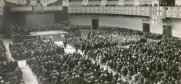 Vista del Gran Saló el dia de la inauguración del Museu d'Art de Catalunya, l'11 de novembre de 1934.