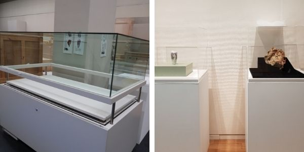 Display case with pulley system in Himeji and the display cases in Tokyo