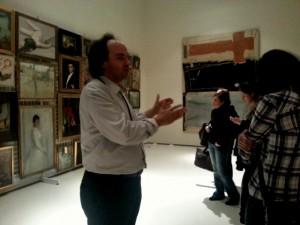 El director Pepe Serra explicando el proyecto a los alumnos del Postgrado de Gestión Museística.