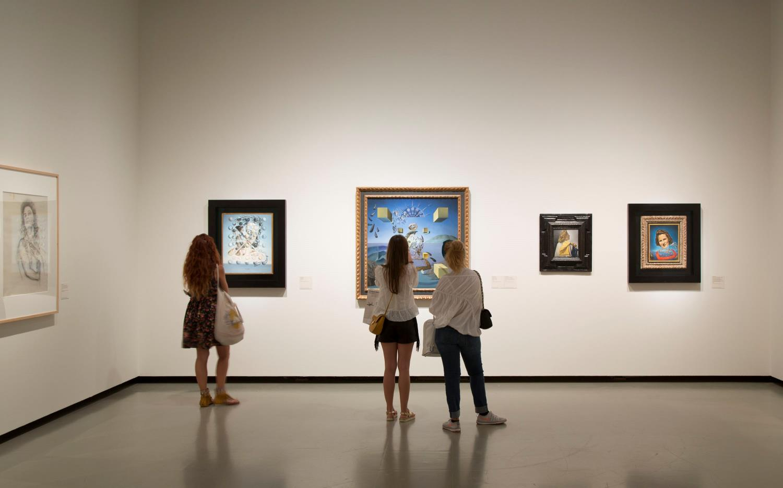Exposició Gala Dalí al Museu Nacional