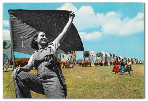 1001 postals d'enlloc. Instal·lació artística de Jesús Galdón, 2021. Postals d'A. Campañà i J. A. Puig Farran (CYP) dels anys 1960-1970 intervingudes per J. Galdón amb imatges de milicians d'A. Campañà del 1936-1938.