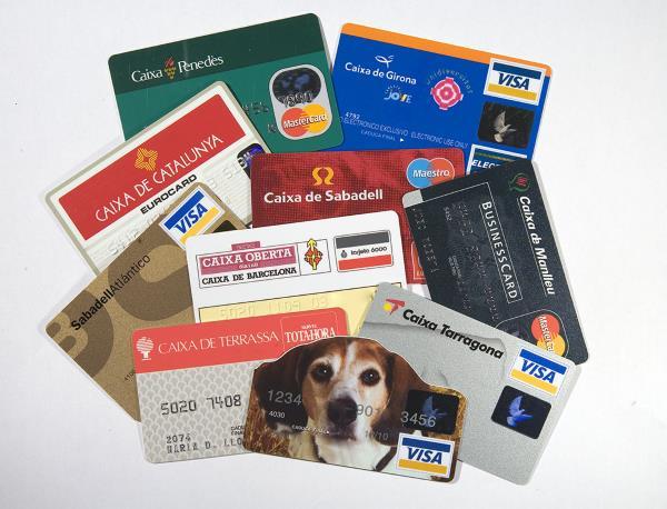 Targetes de crèdit. Foto: Marta Mérida